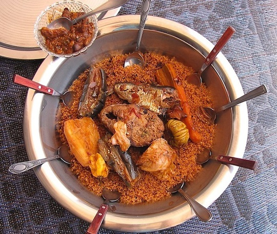 Món thiebou dieune truyền thống. Ảnh: africafreak.com