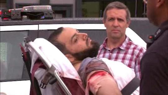 Rahami bị thương sau khi đọ súng với cảnh sát. Ảnh: Twitter