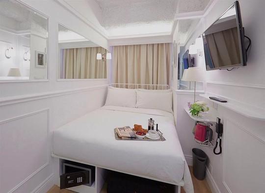 Khách sạn Mini Causeway Bay có phòng rất bé nhưng thiết kế thông minh và tiết kiệm diện tích.