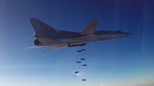 Chiến dịch không kích của Nga đã làm xoay chuyển cục diện Syria. Ảnh: Bộ Quốc phòng Nga