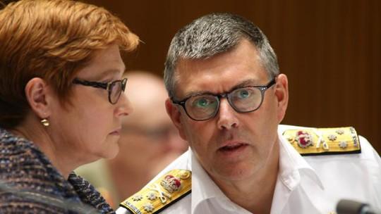 Bộ trưởng Quốc phòng Úc Marise Payne và Phó đô đốc hải quân Úc Ray Griggs tại cuộc họp. Ảnh: news.com.au