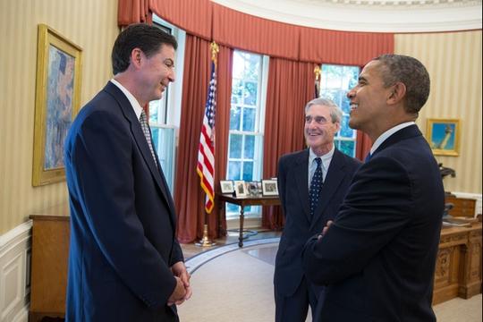 Tổng thống Barack Obama và ông Comey (trái) tại lễ công bố đề cử ông làm giám đốc FBI hôm 21-6-2014. Ảnh: Nhà Trắng