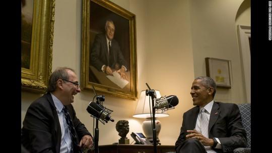 Tổng thống Obama trả lời phỏng vấn. Ảnh: CNN