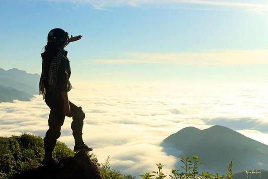 Phiêu bồng trên thiên đường mây Tà Xùa - Ảnh: Ngong Hankang / vnexpress.net