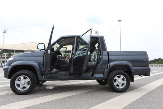 Xe sở hữu kích thước dài x rộng x cao là 5.125mm x 1.915mm x 1.915mm với chiều dài cơ sở 3000mm. Tuy nhiên, giới kinh doanh nhận định mức giá cho dòng xe này có thể trên 500 triệu và là dòng bán tải có giá bán thấp nhất thị trường.