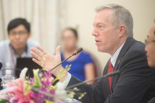 Đại sứ Osius phát biểu về tương lai của mối quan hệ Mỹ - Việt Nam tại Học viện Chính trị Quốc gia Hồ Chí Minh - Ảnh: Đại sứ quán Mỹ cung cấp