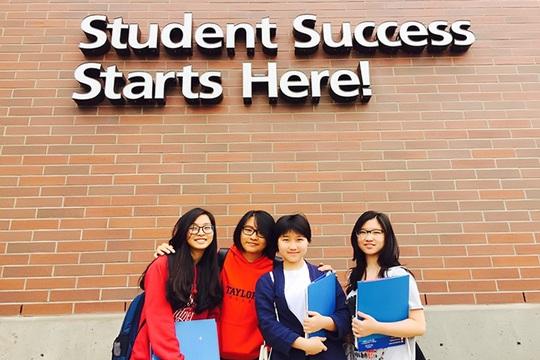 Các sinh viên quốc tế học tập tại Lane Community College