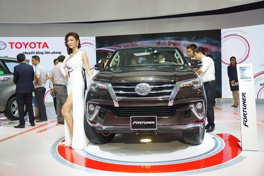 Top 10 ô tô bán chạy nhất Việt Nam tháng 10