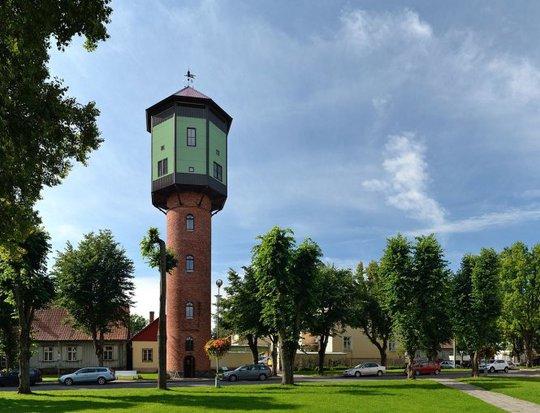 Tháp nước cũ tại trung tâm thành phố được trùng tu, trở thành tháp quan sát cho phép du khách chiêm ngưỡng Viljandi và vùng phụ cận từ trên cao - Ảnh: wiko