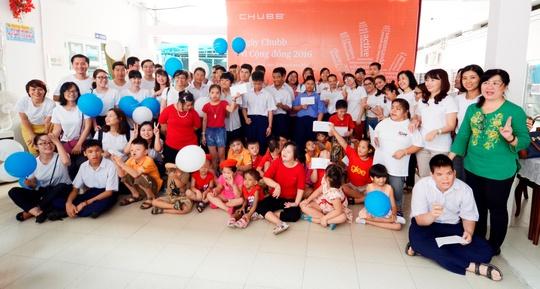 Tập thể Chubb đến thăm và tặng những phần quà thiết thực cho Trung tâm Nuôi dưỡng Bảo trợ Trẻ em Gò Vấp