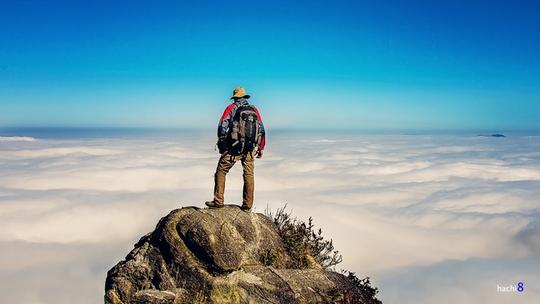 """Bạch Mộc Lương Tử (Núi Muối) nổi tiếng là điểm """"săn mây"""" ấn tượng trong giới phượt thủ - Ảnh: Hachi8/ vnexpress.net"""
