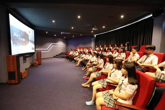 Rạp chiếu phim dành riêng cho học sinh trường THCS - THPT Tân Phú