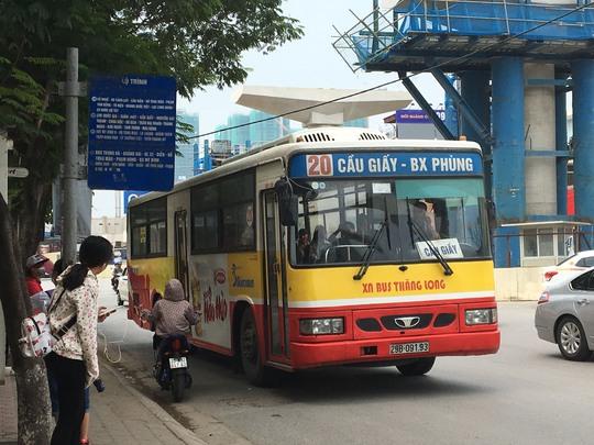 Chất lượng xe buýt chưa đáp ứng được nhu cầu của người dân