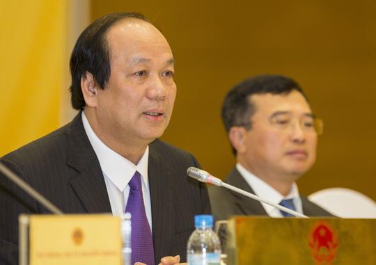 Bộ trưởng, Chủ nhiệm Văn phòng Chính phủ Mai Tiến Dũng trả lời báo chí tại buổi họp báo thường kỳ Chính phủ tháng 11-2016Ảnh: Quang Hiếu