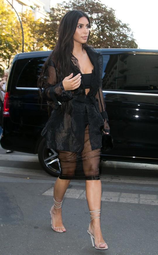Kim Kardashian bị chĩa súng vào người, chi tiết vụ việc chưa được công bố