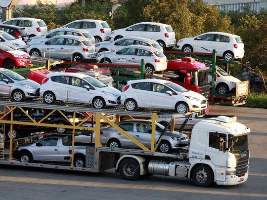 Thuế chưa giảm mà xe nhập khẩu đã tràn vào VN