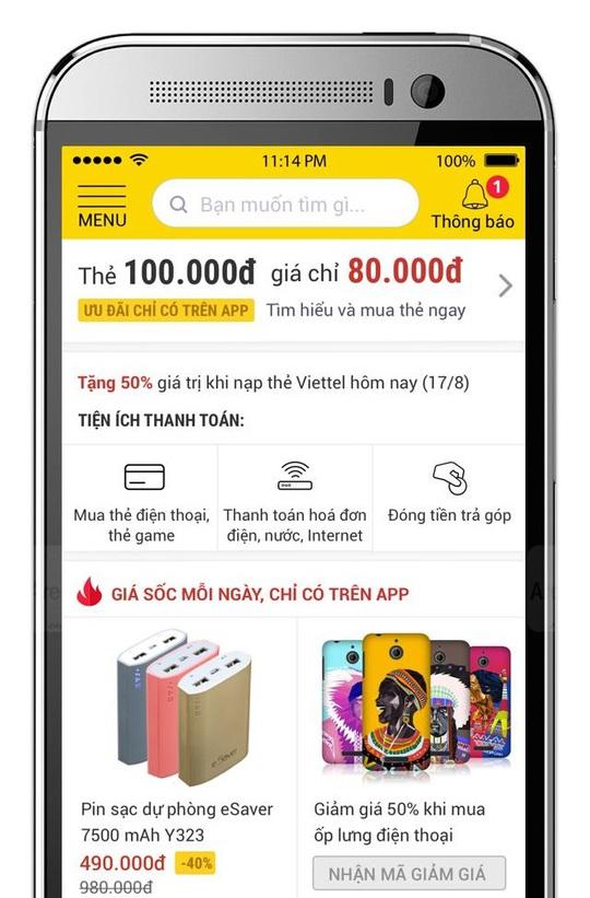 Người tiêu dùng Việt Nam ngày càng thích mua sắm trên di động. Ảnh: Chánh Trung.
