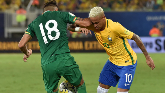 Duk giật chỏ khiến Neymar đổ máu hôm 7-10