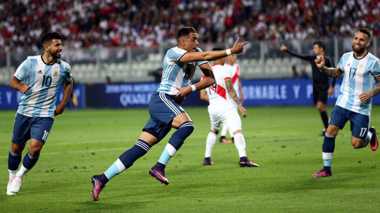 Mori mở tỉ số cho Argentina nhưng cũng chính hậu vệ đã phạm lỗi dẫn đến quả phạt đền cuối trận