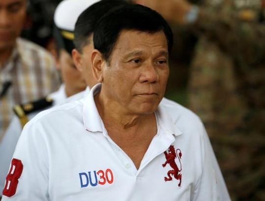 Tổng thống Duterte muốn kéo dài thời gian phòng chống tội phạm ma tuý. Ảnh: Reuters
