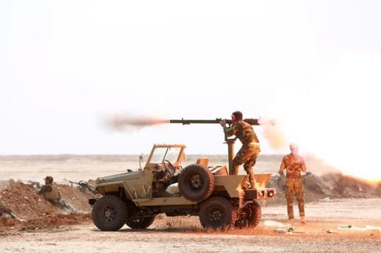 Các binh sĩ được huấn luyện cho chiến dịch tái chiếm Mosul hôm 27-9. Ảnh: Reuters