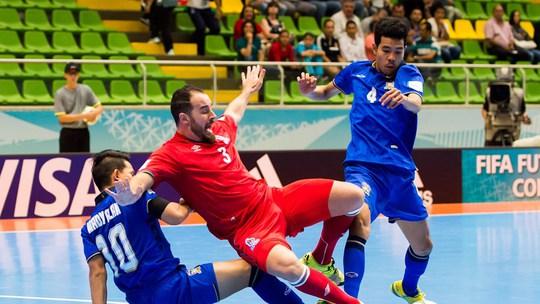 Thái Lan không thể vào tứ kết dù thi đấu rất nỗ lực trước Azerbaijan