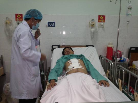 Bệnh nhân đang được tiếp tục theo dõi điều trị sau phẫu thuật vá tim.