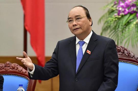 Thủ tướng Nguyễn Xuân Phúc chỉ đạo thu hồi các quyết định vi phạm về việc tuyển dụng, bổ nhiệm người nhà