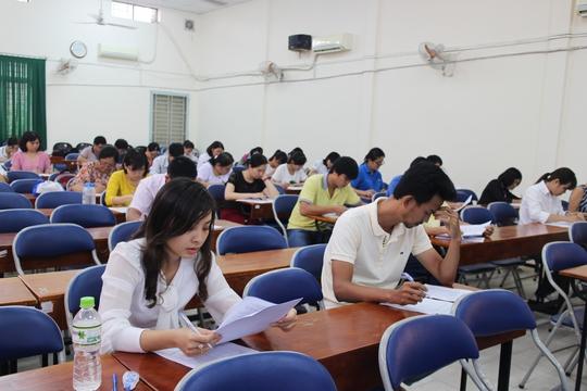 Các thí sinh trong phần thi trắc nghiệm kiến thức