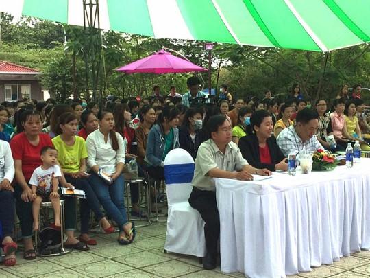 Công nhân tham gia chương trình truyền thông sức khỏe