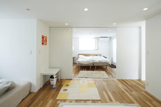 Sàn gỗ luôn là lựa chọn hàng đầu trong ngôi nhà của người Nhật.
