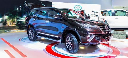 Toyota Fortuner thế hệ mới chính thức được ra mắt tại Việt Nam.