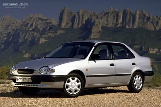 Tới năm 1997, Toyota Corolla vượt Volkswagen Beetle trở thành chiếc xe bán chạy nhất thế giới