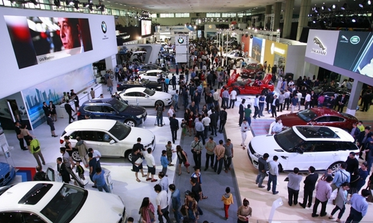 Quang cảnh triển lãm xe ô tô quốc tế VIMS 2016