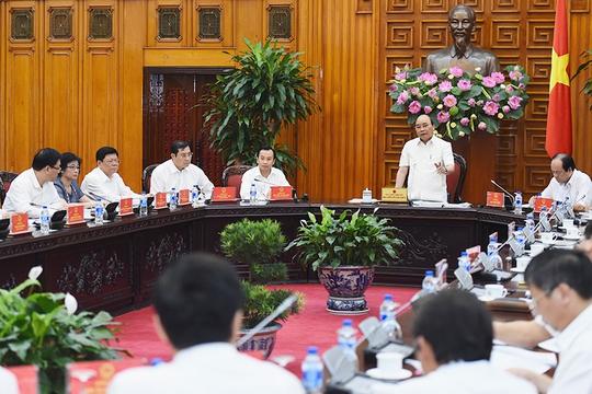 Thủ tướng Nguyễn Xuân Phúc làm việc với lãnh đạo TP Đà Nẵng về phát triển kinh tế-xã hội