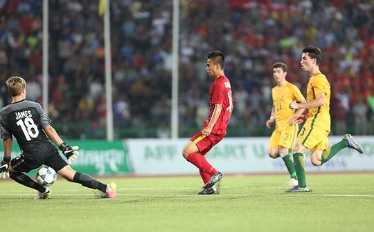 Lối chơi đôi công ở hiệp 2 đã giúp U16 Việt Nam lội ngược dòng ngoạn mục