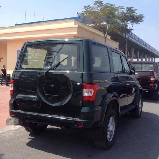 Bộ 3 xe Nga UAZ xuất hiện tại Việt Nam