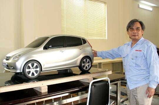 Từng là doanh nghiệp có thế mạnh trong việc sản xuất các dòng xe tải, nhưng với mục tiêu sản xuất xe hơi made in Vietnam, ông Huyên cho biết đã bán đi nhiều tài sản, trong đó có hai ngôi nhà, trong đó có nhà do bố mẹ để lại từ những năm 1960.