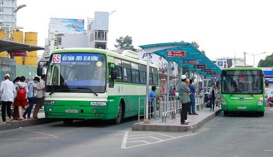Trong những năm gần đây, tỉ lệ người đi xe buýt liên tục giảm, trong khi ngân sách thành phố phải chi hơn 1.000 tỉ đồng mỗi năm