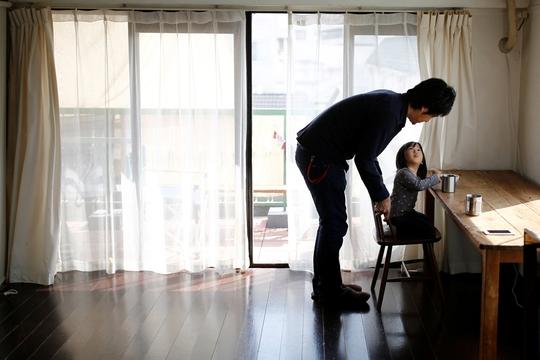 Vì sao các gia đình trẻ ở Nhật Bản chọn lối sống tối giản? - Ảnh 2.