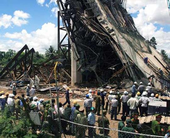 Tưởng niệm 55 công nhân tử vong vụ sập nhịp dẫn cầu Cần Thơ - Ảnh 4.