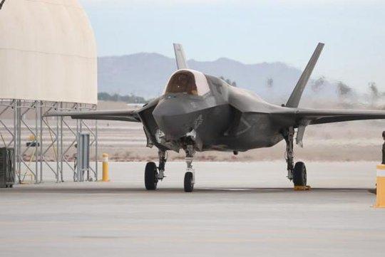 Mỹ lần đầu triển khai F-35B tới Nhật Bản. Ảnh: UPI