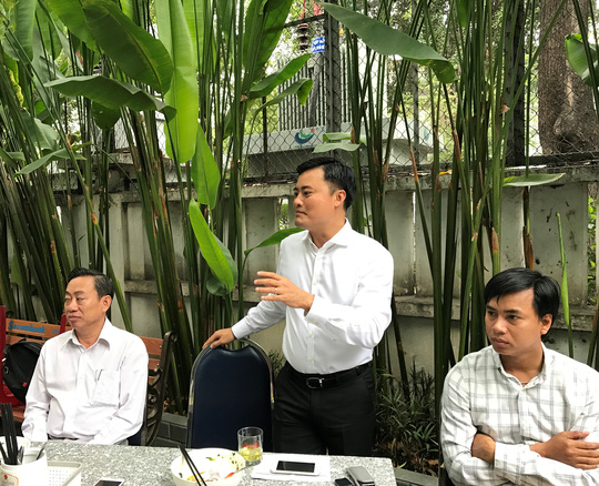 Ông Bùi Xuân Cường, Giám đốc Sở GTVT TP, trao đổi với báo chí sáng 21-3