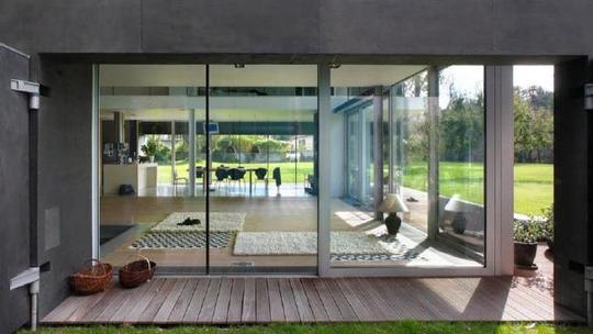 Nhà an toàn The Safe House ở thủ đô Warsaw - Ba Lan do đơn vị thiết kế KWK Promes đảm nhận...