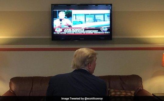 Ông Trump rất thích xem truyền hình cáp. Ảnh: TWITTER