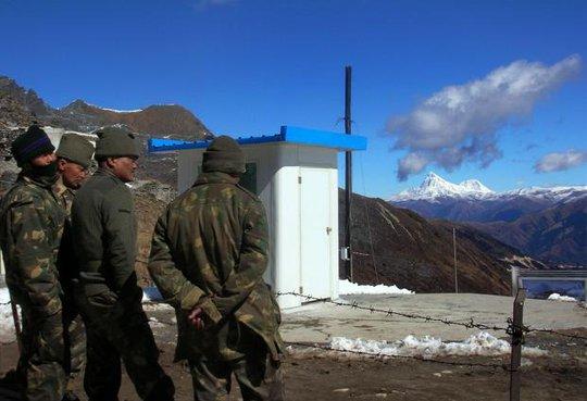 Báo Trung Quốc: Mỹ sử dụng Ấn Độ như con tốt - Ảnh 1.