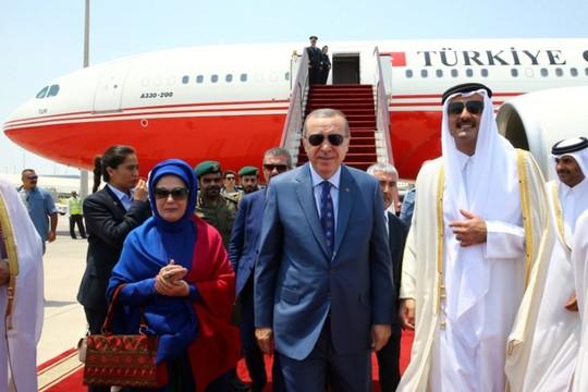 Các nước Ả Rập giáng đòn mới lên Qatar - Ảnh 1.