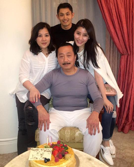 Cuộc sống xa xỉ của con gái cựu tỉ phú Malaysia - Ảnh 1.