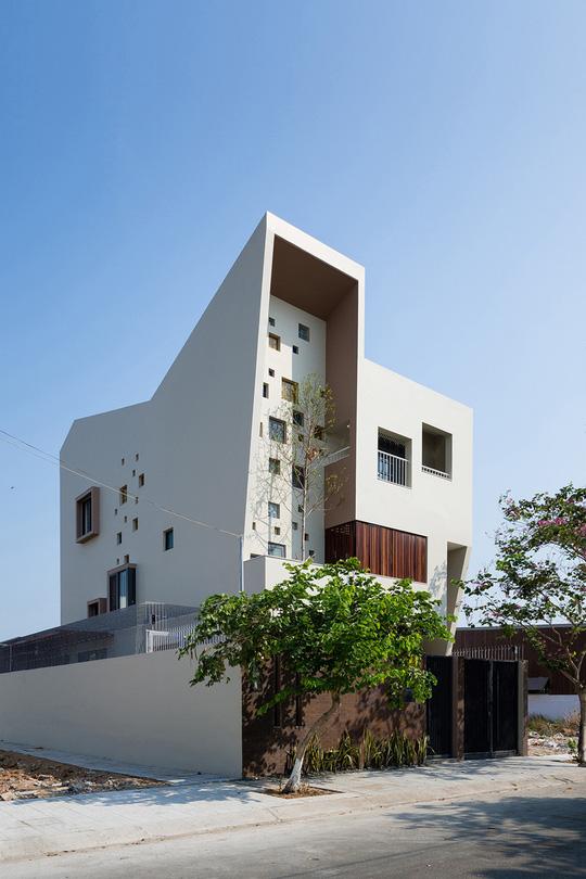 Căn nhà thiết kế dáng trái tim ở Sài Gòn - Ảnh 1.
