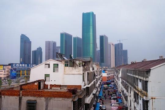 Khu chợ bán đồ Made in China lớn nhất thế giới - Ảnh 1.